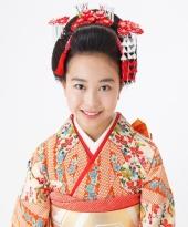 精錬された美しさが際立つ新日本髪【日本髪¥5000(税抜)】