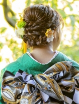 編み込み×ツイストのまとめ髪
