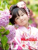 可憐な女の子の日本髪